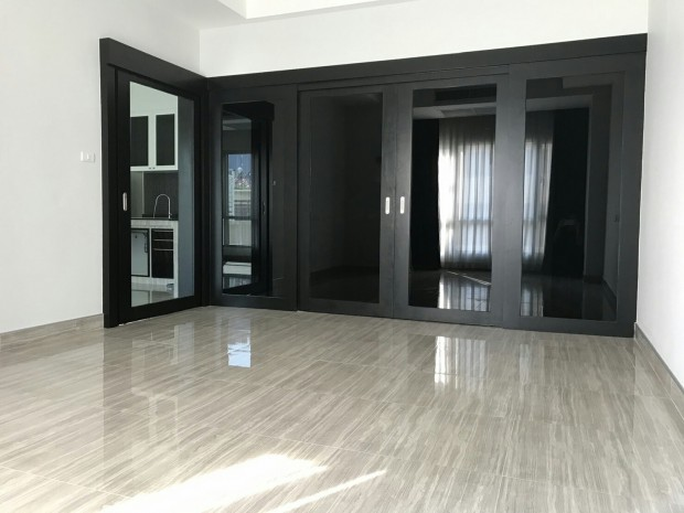 BKKMOVE Agency's 71sqm Spacious, Elegant One Bedroom Condo for SALE 8.6MB all inclusive at Trendy Sukhumvit 13 4