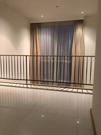 BKKMOVE Agency's 100sqm Luxury, Elegant Two Bedrooms (Duplex)  high rise Condo for rent at The Empire Place Sathorn 6