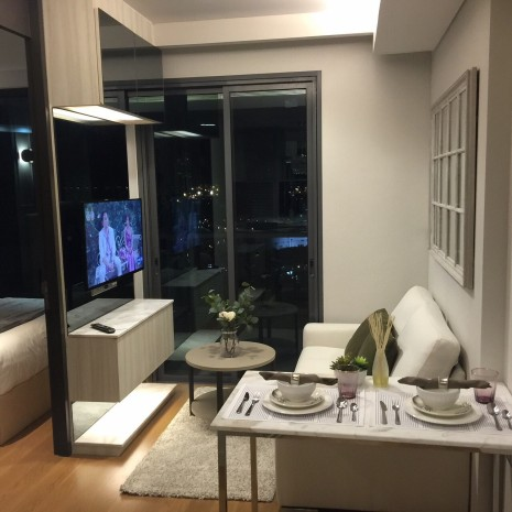 BKKMOVE Agency's 32sqm Convenient, Elegant One Bedroom Condo to let at The Lumpini 24 12