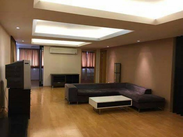 BKKMOVE Agency's 252sqm Good price,3 /4 Bedroom Condo to let at Taiping Tower Ekkamai 7