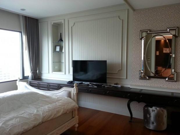 BKKMOVE Agency's 74sqm Luxury, Elegant One Bedrooms Condo for rent at  Bright condo Sukhumvit 24 3