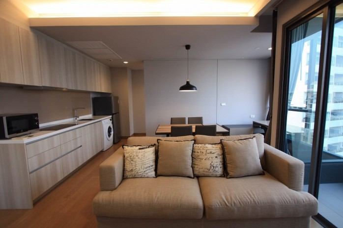 BKKMOVE Agency's 61sqm Modern, Beautiful two Bedrooms high floor beautiful view condo for rent to let at The Lumpini 24 12