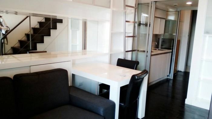 BKKMOVE Agency's Ashton Morph Sukhumvit 38 33sqm Duplex  Fully Furnish view Thonglor Rent 27K For Sale 8.3M 2
