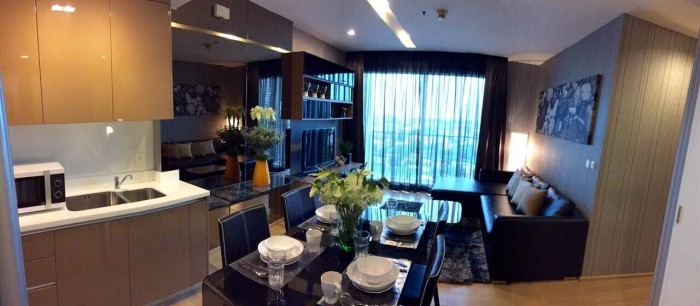 Siri at Sukhumvit (For Rent)  70 Sqm. 2 Bedrooms / 2  Bathrooms(with Bathtub)  High Floor South View Fully Furnished Washlet Set  Rent  63,000.-/month Nego