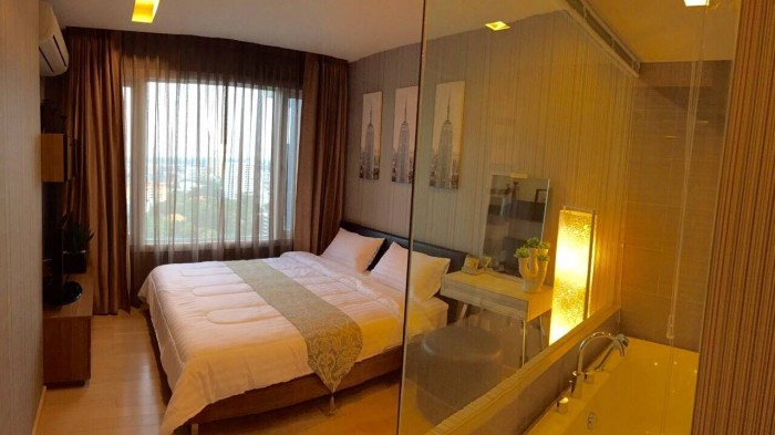 BKKMOVE Agency's Siri at Sukhumvit (For Rent)  70 Sqm. 2 Bedrooms / 2  Bathrooms(with Bathtub)  High Floor South View Fully Furnished Washlet Set  Rent  63,000.-/month Nego 4