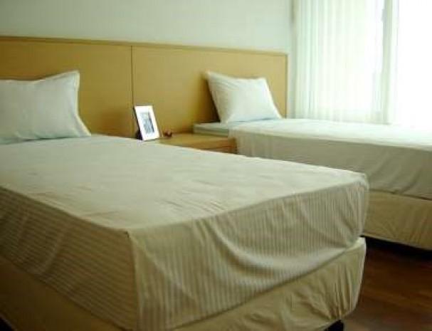 BKKMOVE Agency's 215sqm Elegant, High Rise Three bedroom + 1 study  Apartment to let at Baan Jamjuree 5