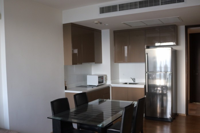 BKKMOVE Agency's 51sqm High Rise, Fully Furnished One Bedrooms Condo to let at Siri @ Sukhumvit 38 9