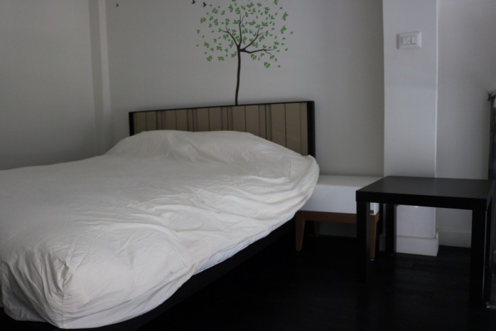 Ashton Morph Sukhumvit 38 24.68sqm Duplex  Fully furnished   View South No balcony Rent 27000  Sale 6,800,000 Baht