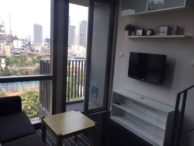 Ashton Morph 38 Sukhumvit 38 33.41sqm Duplex  Fully Furnish view Sukhumvit For Rent 30,000 a month For Sale 6,790,000 Baht