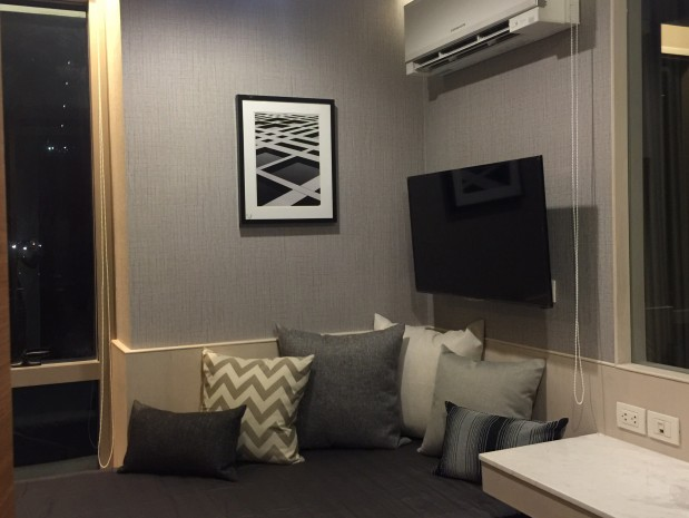 BKKMOVE Agency's Ashton Morph Sukhumvit 38 56.25 sqm 1 bed plus  Fully furnished South View Rent 58,000 2