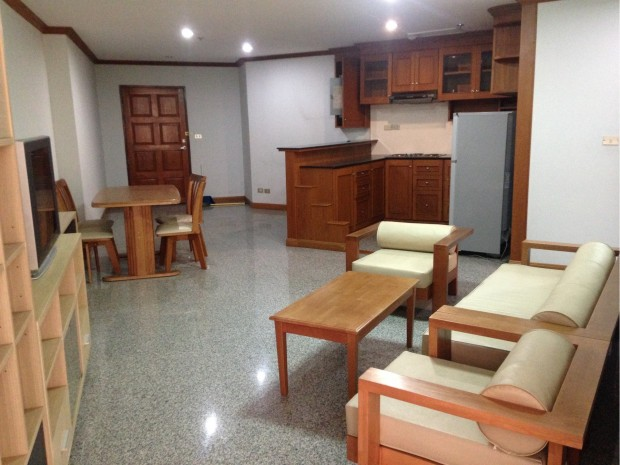BKKMOVE Agency's 102sqm spacious convenient Good price!! 2badroom 2bathroom for rent at Witthayu Complex 6