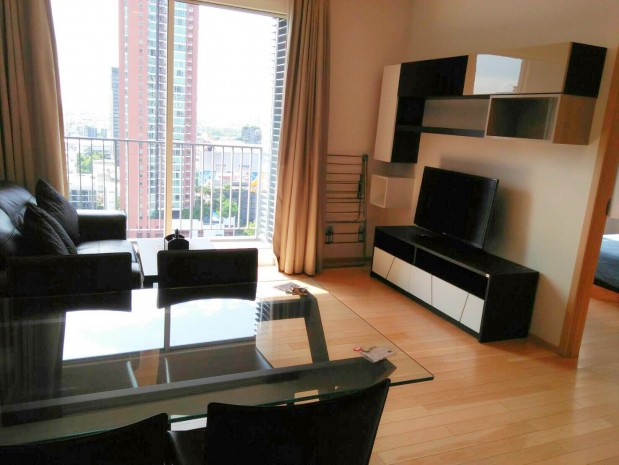 Siri @ Sukhumvit 38 52 sqm 1Bed/1Bath BTS View Hight Floor Rent 40k