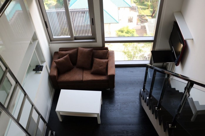 BKKMOVE Agency's 68sqm Well price! Convenient Duplex room for rent/sale at Ashton Morph 38 2
