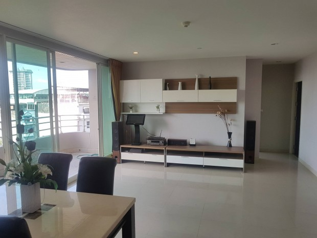 BKKMOVE Agency's Watermark Chaophraya River Condo ,River view low floor 145 sqm 3 bedroom 3 bathroom 1 maid  for sale Well price!! 6