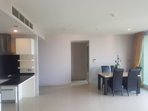 BKKMOVE Agency's Watermark Chaophraya River Condo ,River view low floor 145 sqm 3 bedroom 3 bathroom 1 maid  for sale Well price!! 5