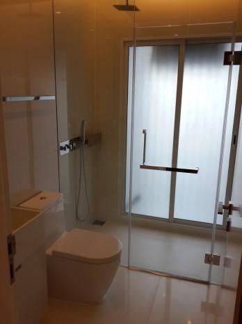 BKKMOVE Agency's The Room Sukhumvit 21 Condo ,Hight floor 36sqm Studio room 1 bedroom 1 bathroom fuily furnsh for rent well price! 1