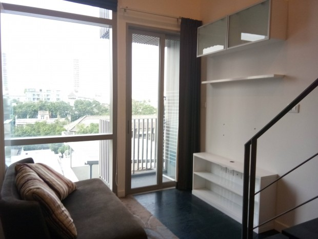 BKKMOVE Agency's Ashton Morph 38  convenient fully furnished 36sqm Duplex room for rent Well price!! 5