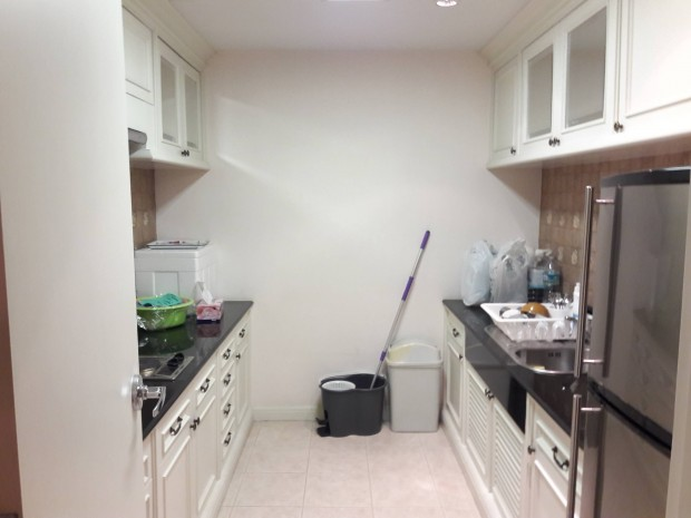 BKKMOVE Agency's Langsuan Ville Condo fully furnished ready to move in 93sqm 1+1 bed 1 bath for rent well price! 2