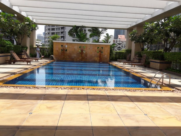 BKKMOVE Agency's Langsuan Ville Condo fully furnished ready to move in 93sqm 1+1 bed 1 bath for rent well price! 4