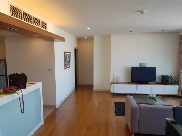 BKKMOVE Agency's Watermark Chaophraya River Condo ,River view middle floor 145 sqm 3 bedroom 3 bathroom 1 maidroom for sale !! 1