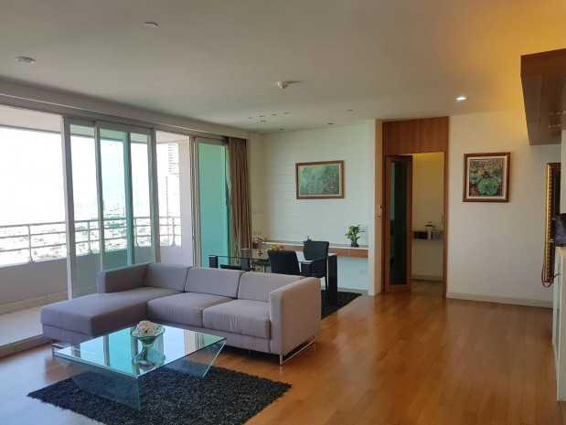 BKKMOVE Agency's Watermark Chaophraya River Condo ,River view middle floor 145 sqm 3 bedroom 3 bathroom 1 maidroom for sale !! 12