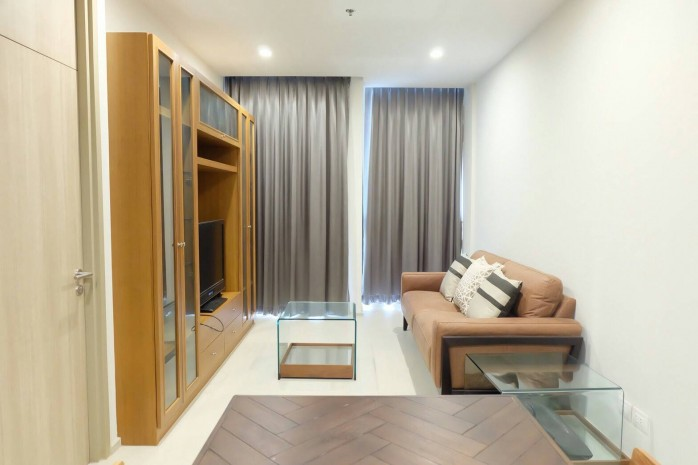 BKKMOVE Agency's Noble Ploenchit Spacious Convenient Beautiful fully furnished 75.45 sqm  2 bedroom 2 bathroom ready to move in for rent well price!! 5