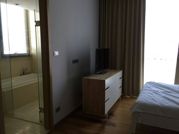 BKKMOVE Agency's Hyde Sukhumvit 84 sqm 1 bedroom 1 bathroom ready to move in fully furnished for rent !! 2