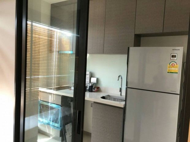 BKKMOVE Agency's Rhythm Sukhumwit 36-38 Classic luxury convenient Beautiful fully furnished ready to move 33 sqm. 1 bedroom 1 bathroom for rent well price!! 4