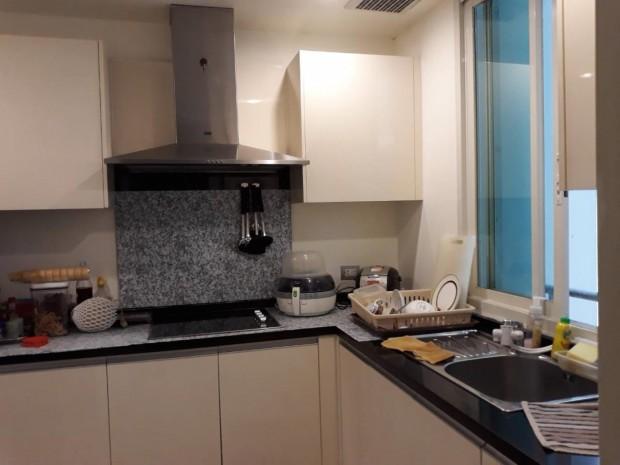 BKKMOVE Agency's Watermark Chaophraya River Condo, high floor 97sqm 2 bedroom 2 bathroom for rent/sale well price! 1